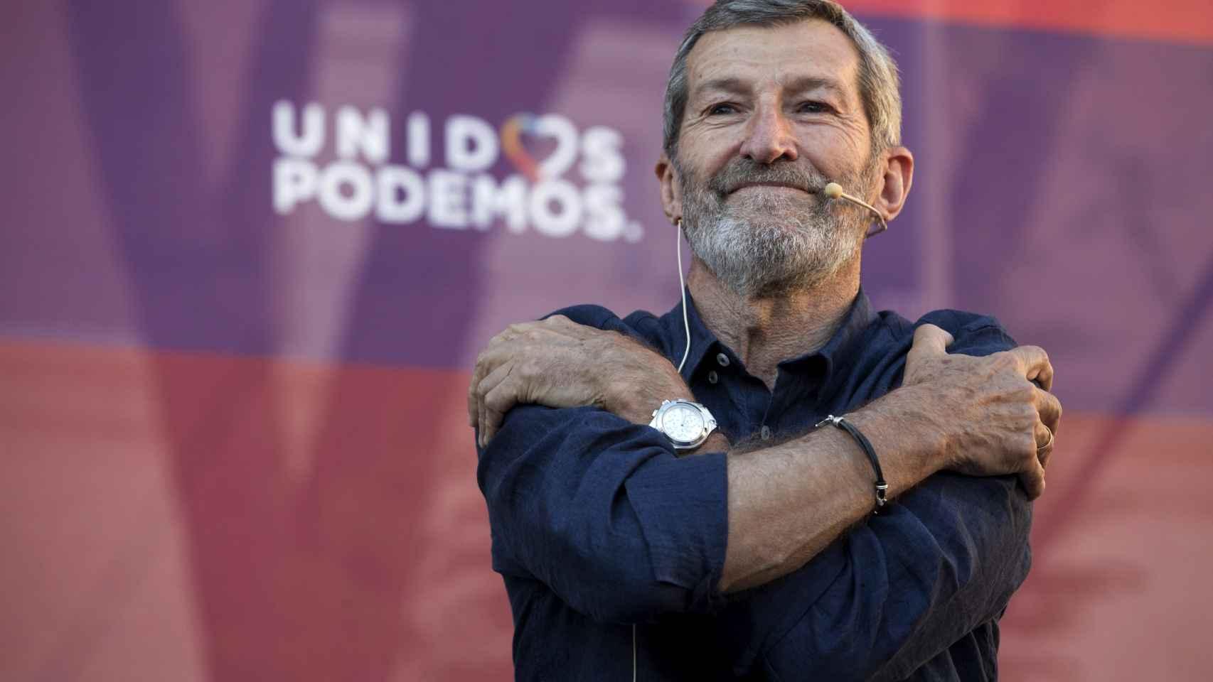 Julio Rodríguez, en un mitin celebrado en el Cuartel de Artillería de Murcia.