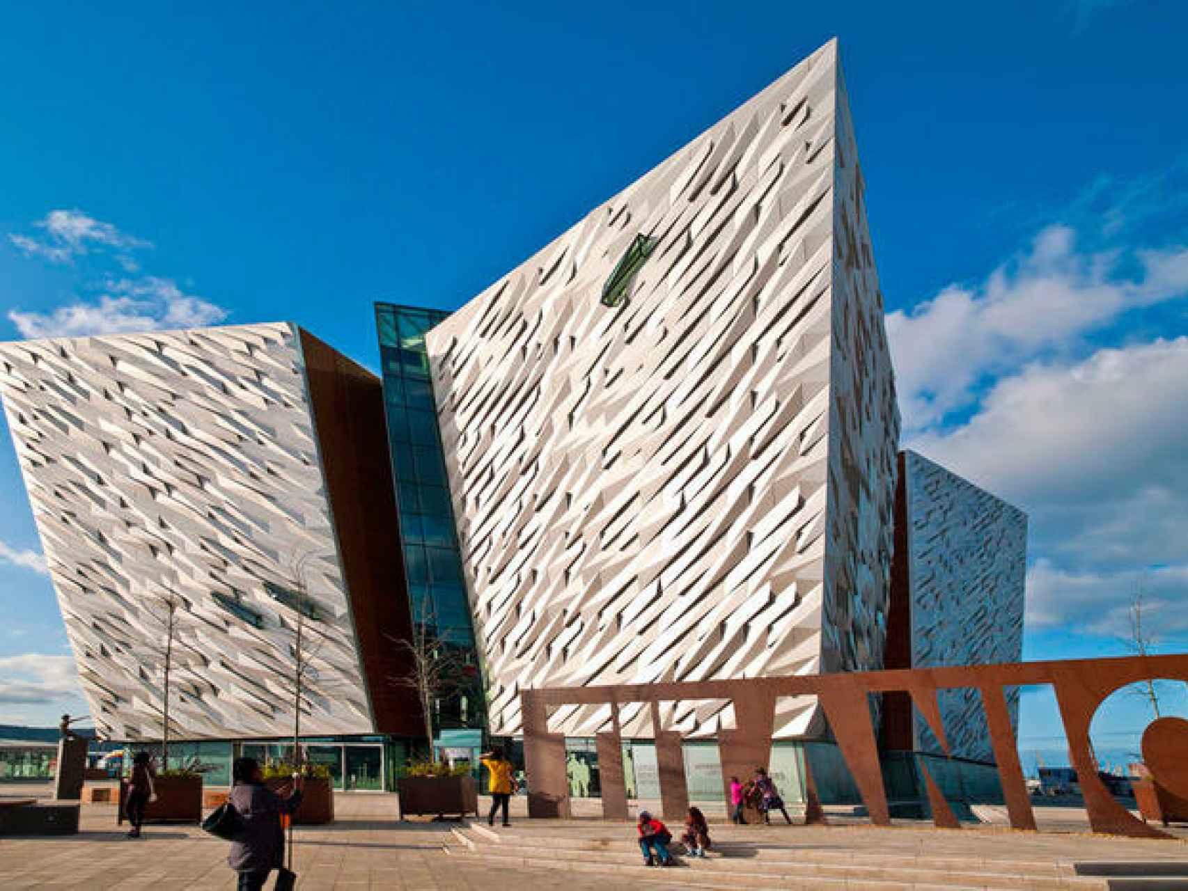 El famoso Titanic Belfast.
