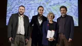 Carmena, con Calvo a la izquierda, el día que presentaron su proyecto.