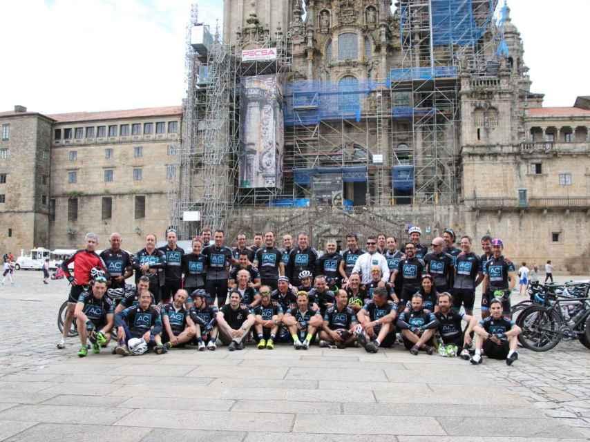 Los participantes de la XXVI Ruta Xacobea AC Hotels by Marriott este jueves en Santiago de Compostela