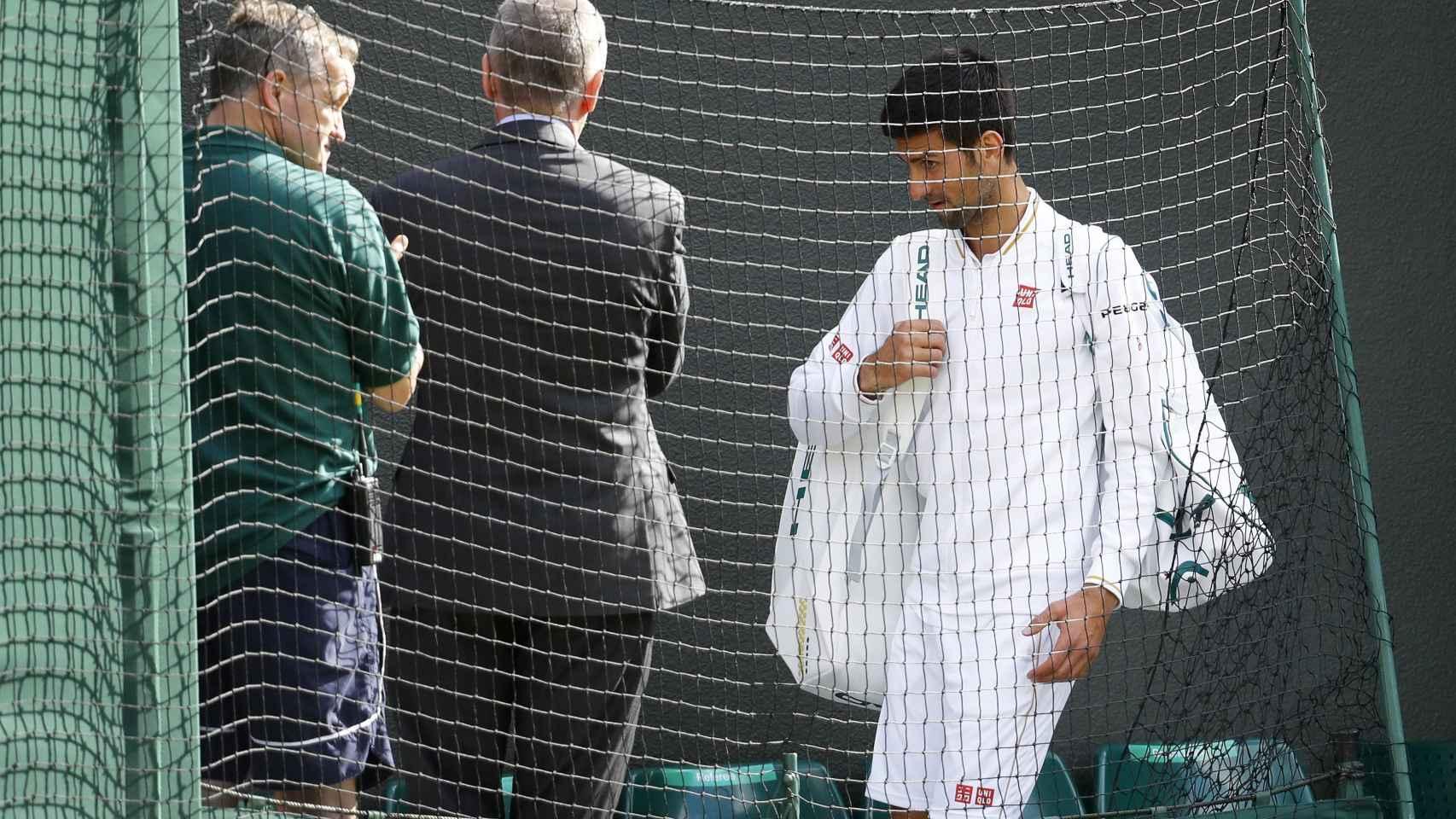 Djokovic se despidió de Wimbledon tras perder ante Querrey.