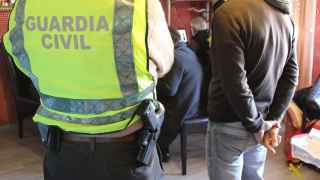 Detienen a 19 personas en España por distribuir material de abusos sexuales a menores