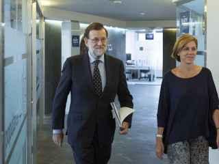 El líder del PP, Mariano Rajoy, junto con la secretaria general, María Dolores de Cospedal.