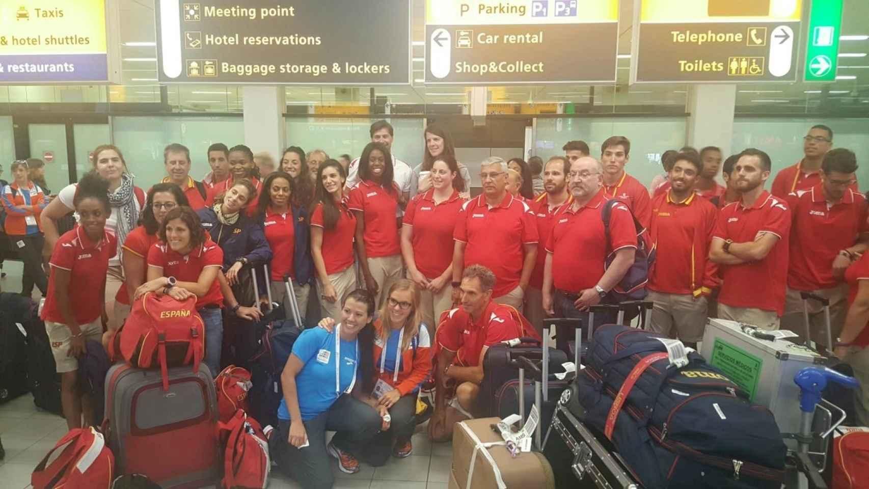 Parte de la selección española a su llegada a Ámsterdam.