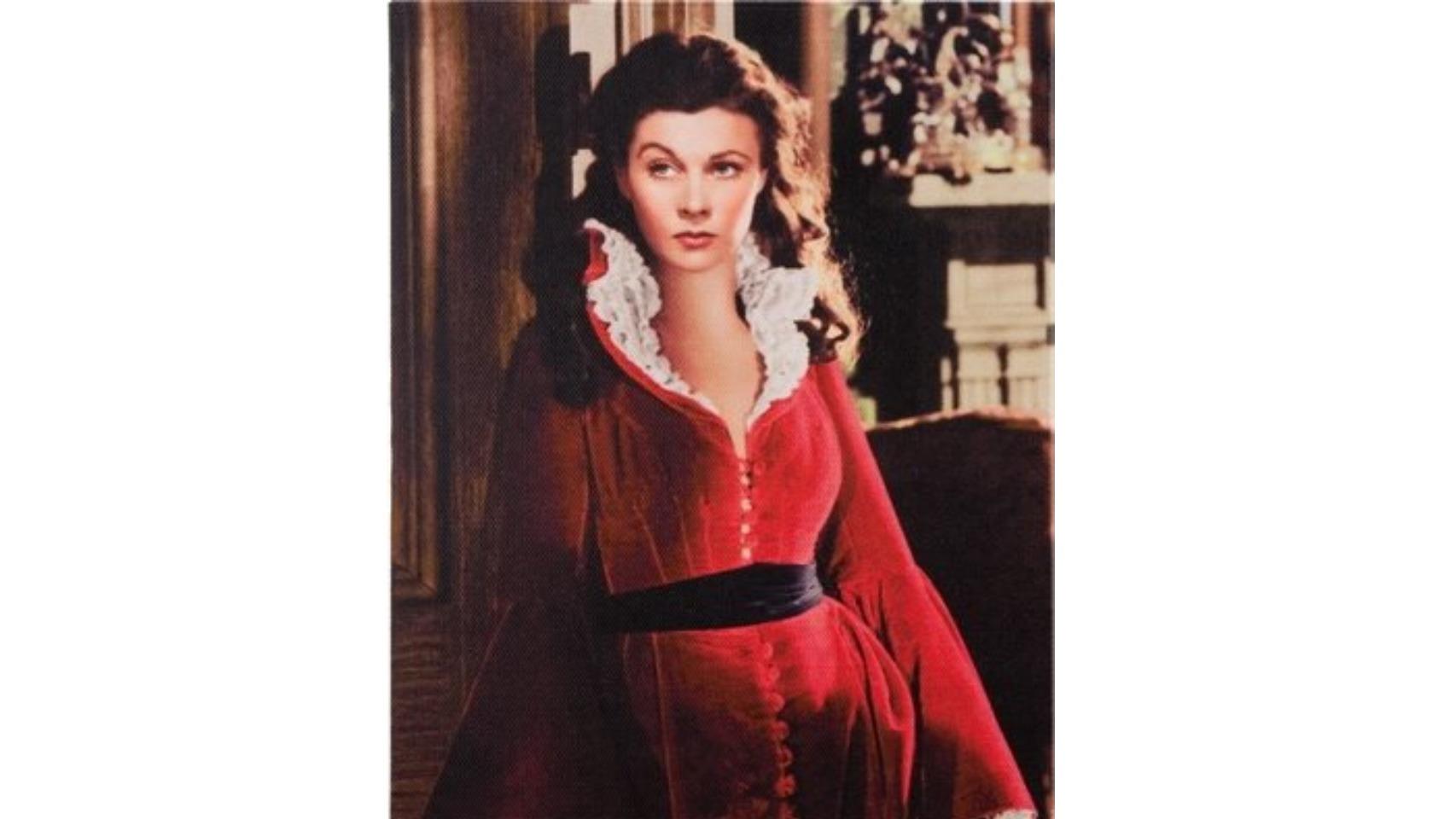 Escarlata O'Hara con el famoso vestido que lució en Lo que el viento se llevó.