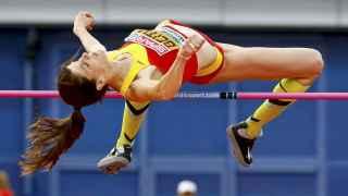Ruth Beitia vuelve a hacer historia con su tercer oro