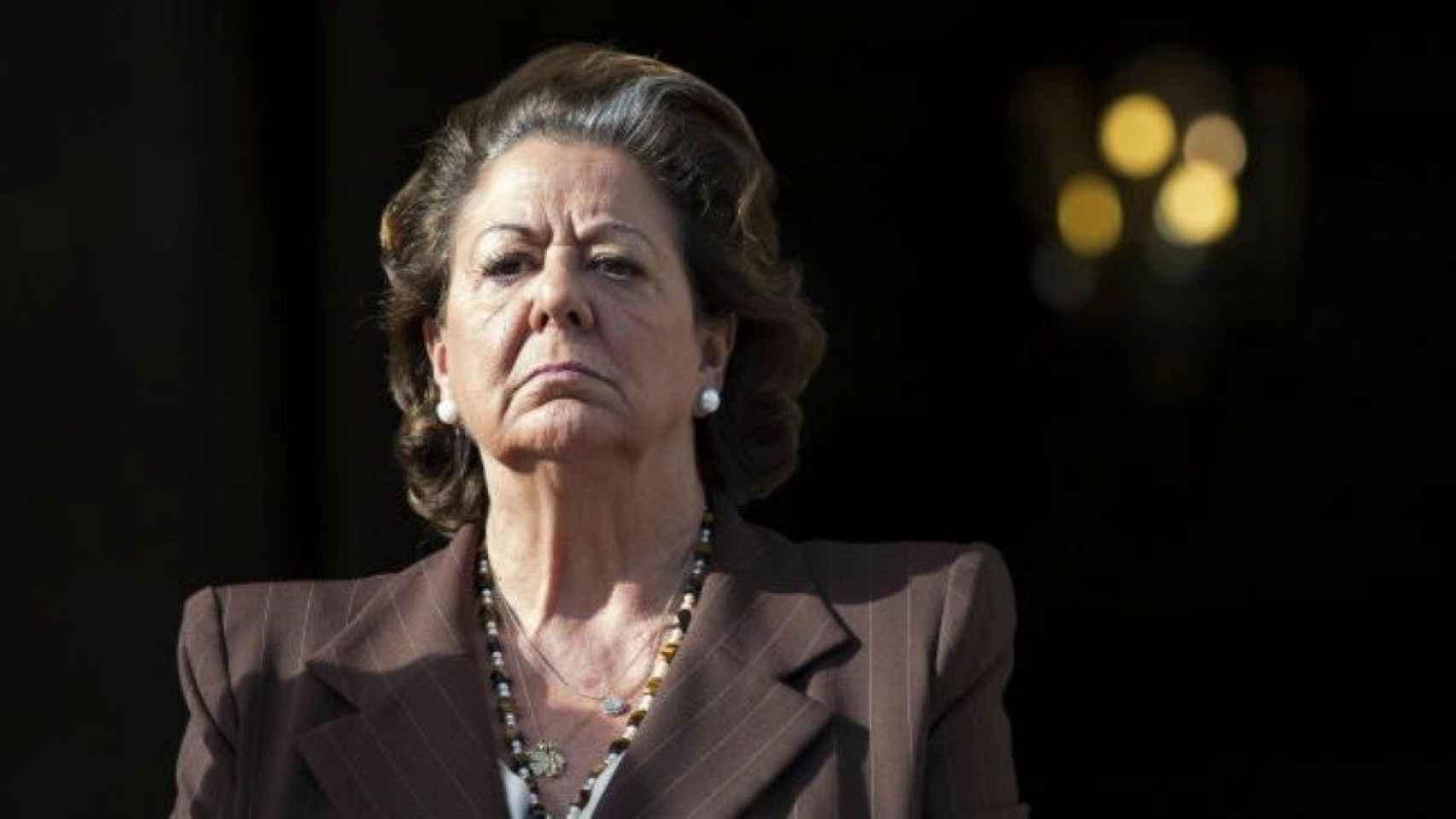Rita Barberá solicita la documentación para seguir siendo senadora