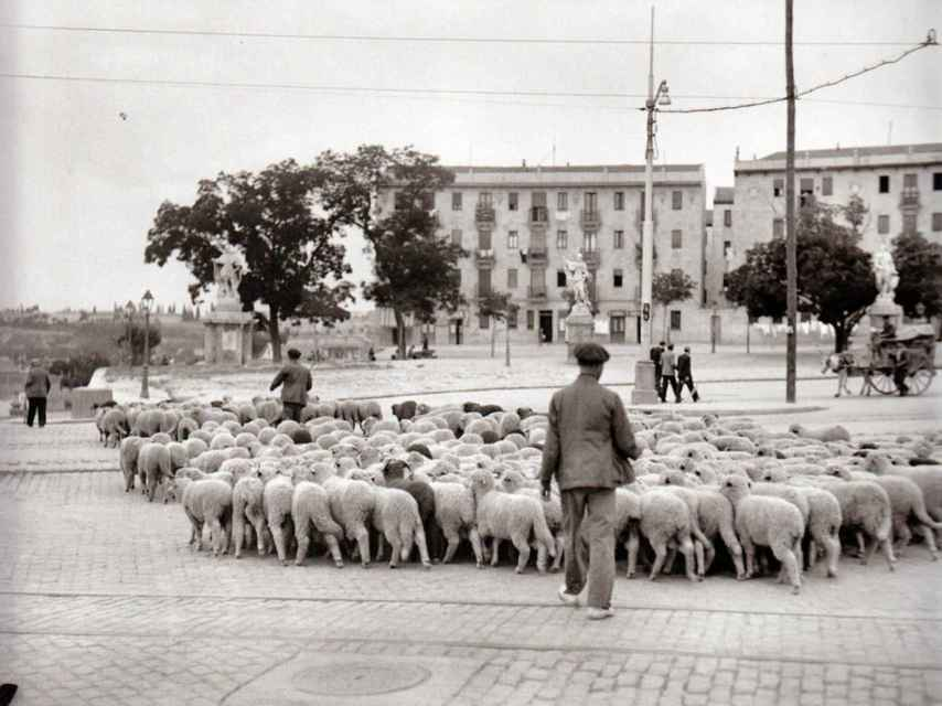 Fotografía de Pirámides, en Madrid, de julio de 1936, antes del Golpe de Estado.