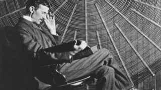 Nikolas Tesla (1856-1943).