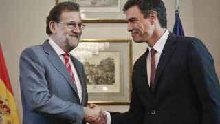 Mariano Rajoy y Pedro Sánchez durante la reunión que han mantenido en el Congreso.
