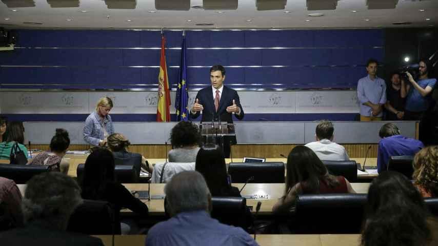 Pedro Sánchez, en su primera rueda de prensa tras las elecciones generales.