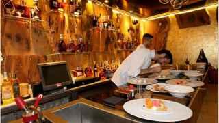 El juez ordena entregar a los pobres la comida del restaurante de lujo Yubari