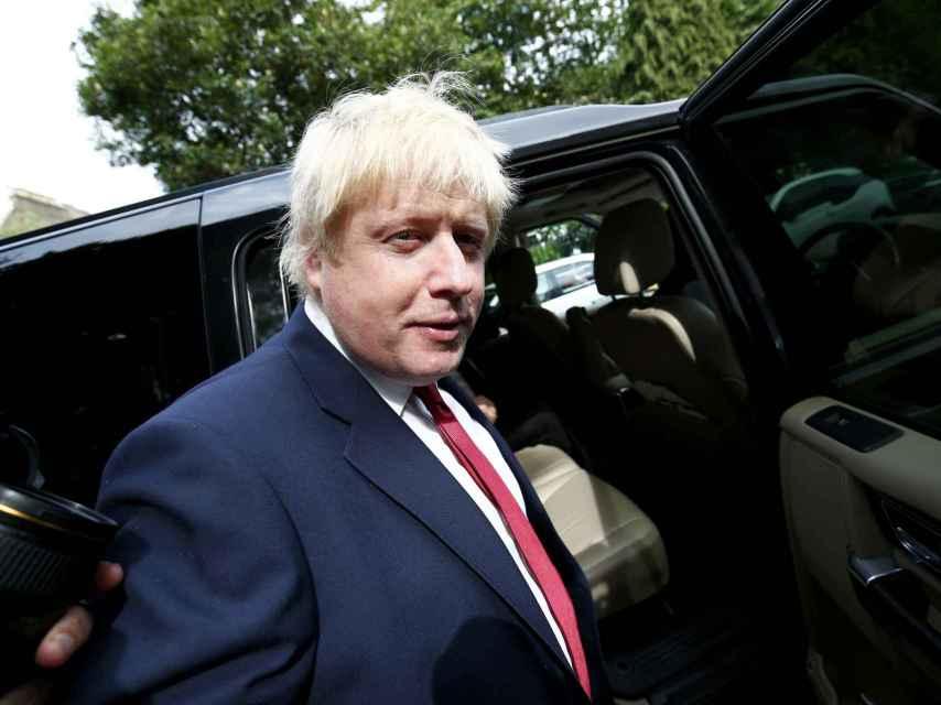 Boris Johnson, a la salida de su casa en Londres.