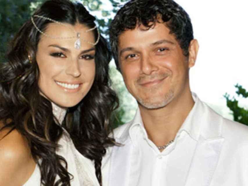 Alejandro Sanz y Raquel Perera el día de su boda
