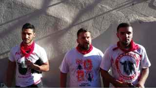 Alfonso, Prenda y Ángel, minutos después de su detención.