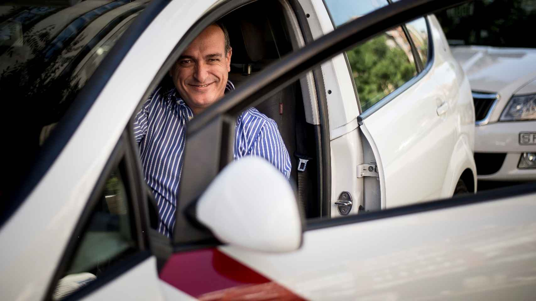 El presidente en uno de los taxis.