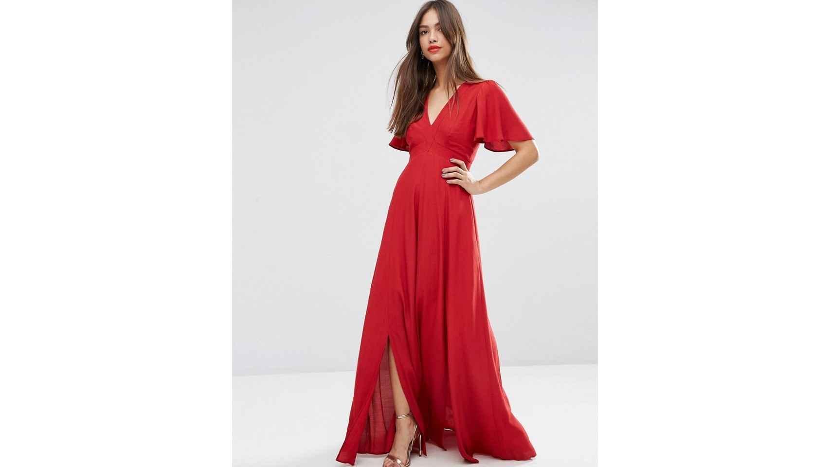 Vestido rojo con caída y escote trasero de Asos, 55,99€.