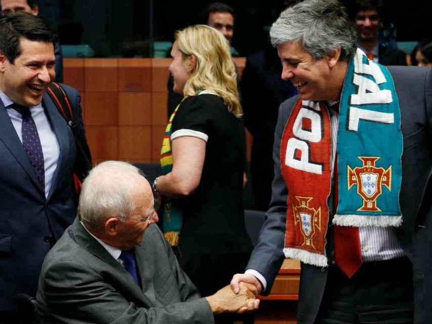 El ministro de finanzas portugués y su homólogo alemán
