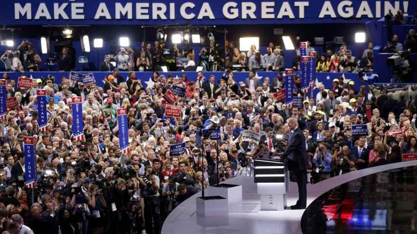 Trump promete hacer a Estados Unidos grande de nuevo.