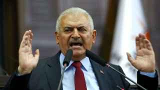 El primer ministro turco, Binali Yildrim, anunció el lunes más de 8.000 deetenciones.