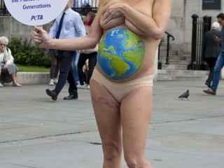 La presentadora Sarah-Jane Honeywell  apoyó una campaña pro - veganismo.