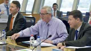 Juncker ha presidido la reunión de la Comisión que ha discutido la multa a España por el déficit
