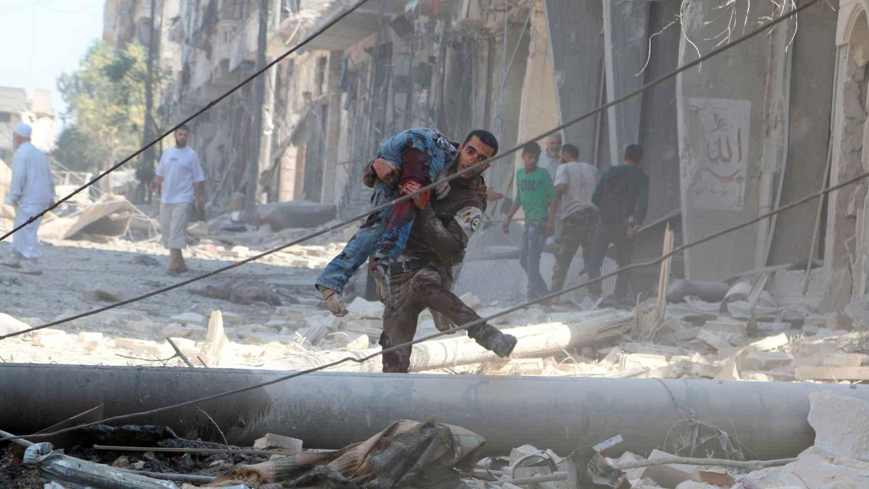 Los bombardeos son constantes en Alepo.
