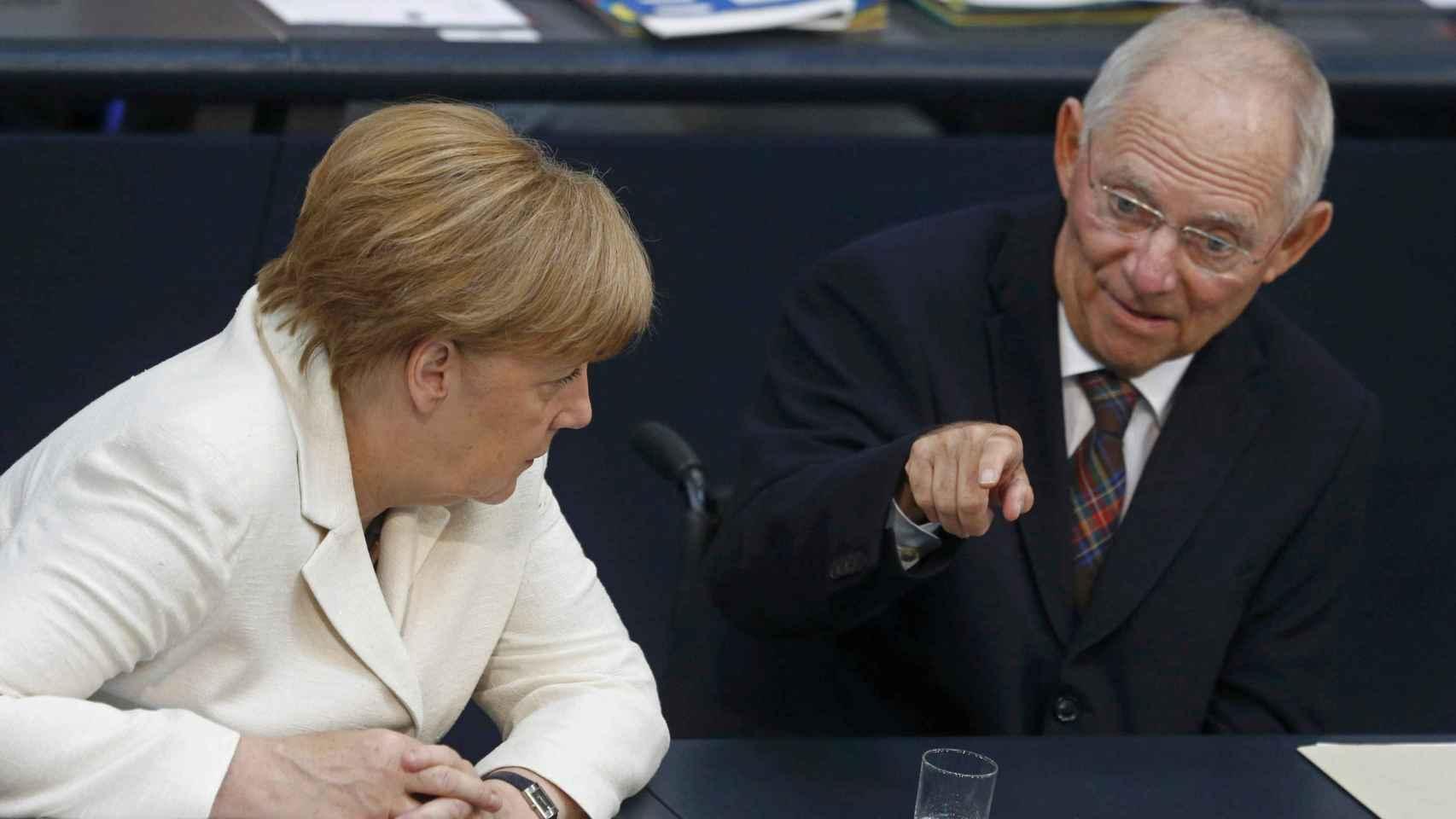 Angela Merkel y Wolfgang Schauble, canciller y ministro de finanzas de Alemania