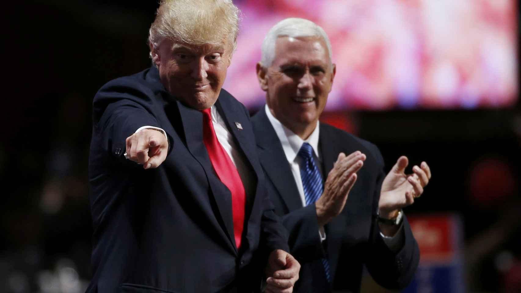 Trump junto al candidato a vicepresidente Mike Pence.