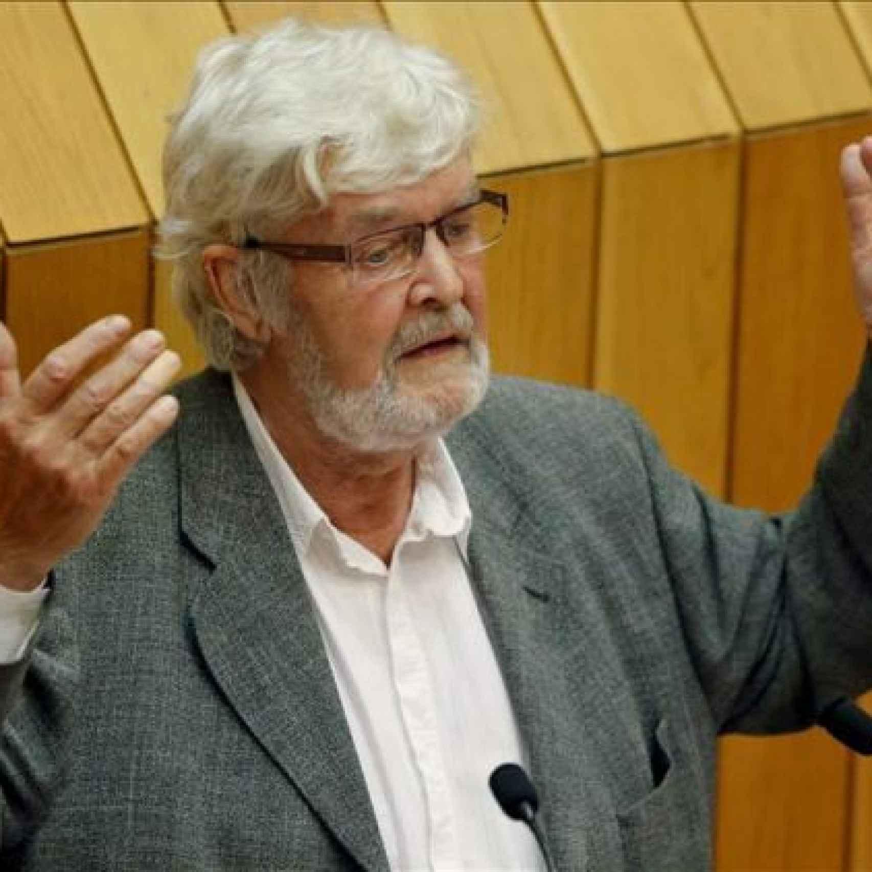 Xosé Manuel Beiras, en uno de sus discursos en el Parlamento Gallego