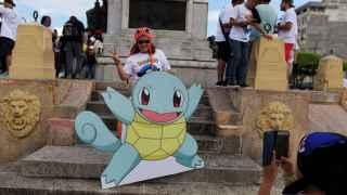 Una fan de Pokémon duranta una 'quedada'.