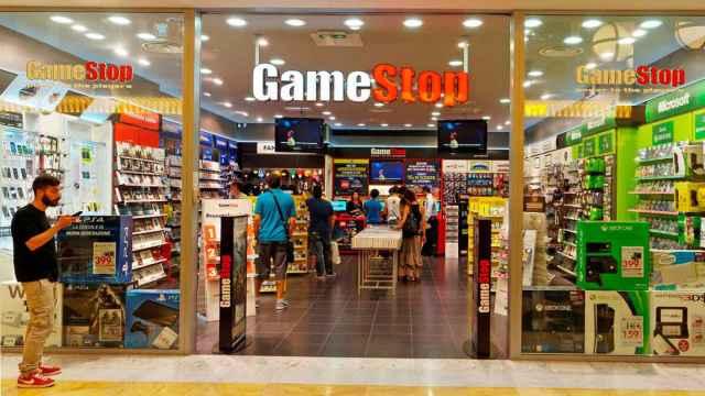 Entrada a una tienda GameStop en una imagen de archivo.