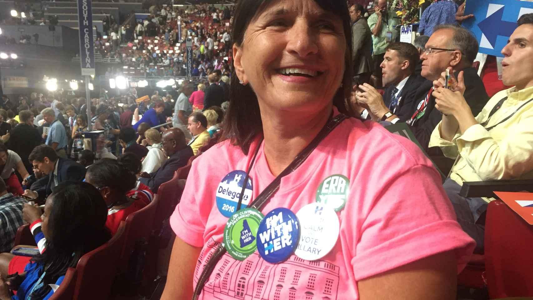 Joanne es escritora y editora en Nuevo Hampshire