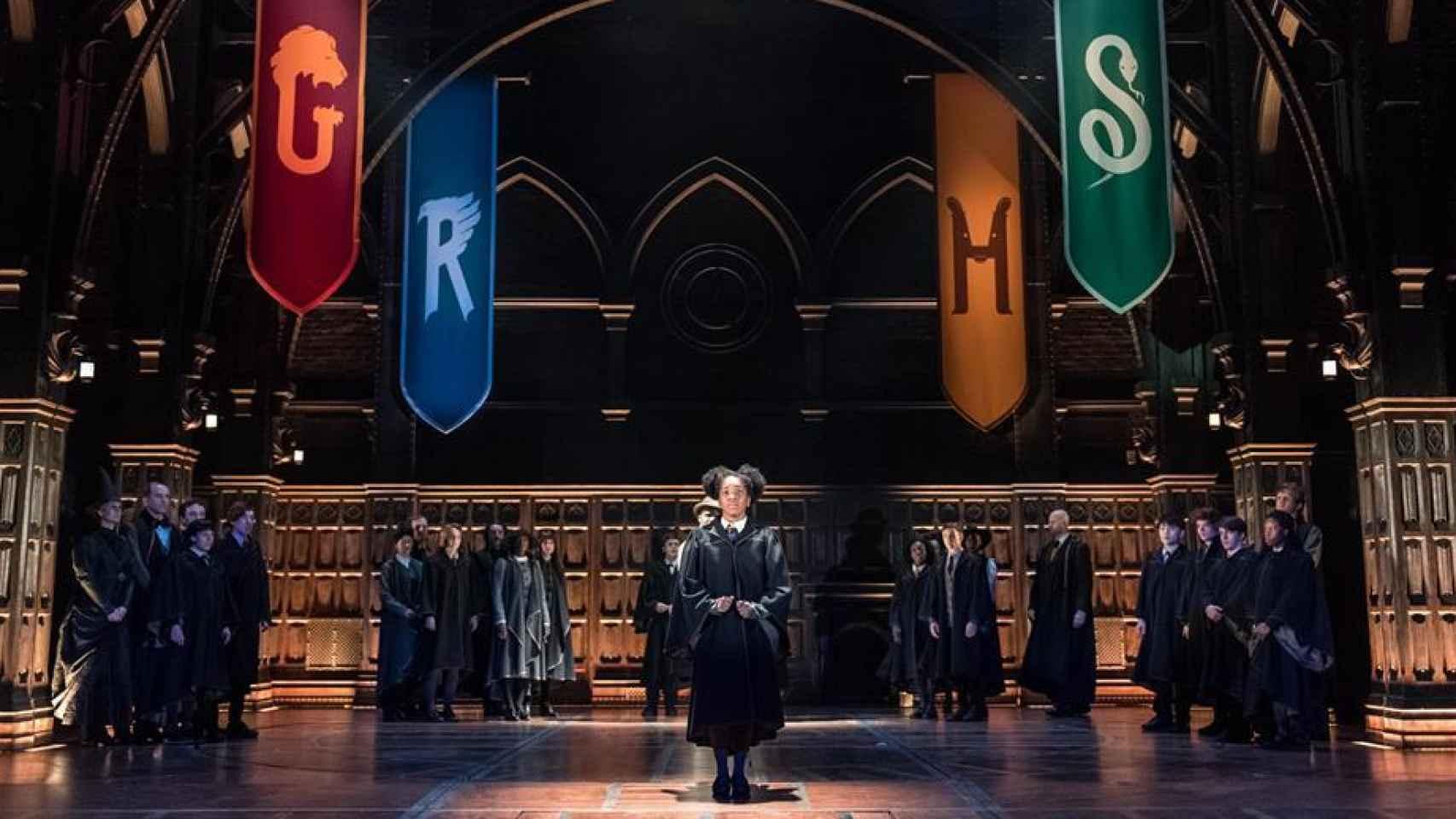 La hija de Hermione y Ron en Hogwarts.