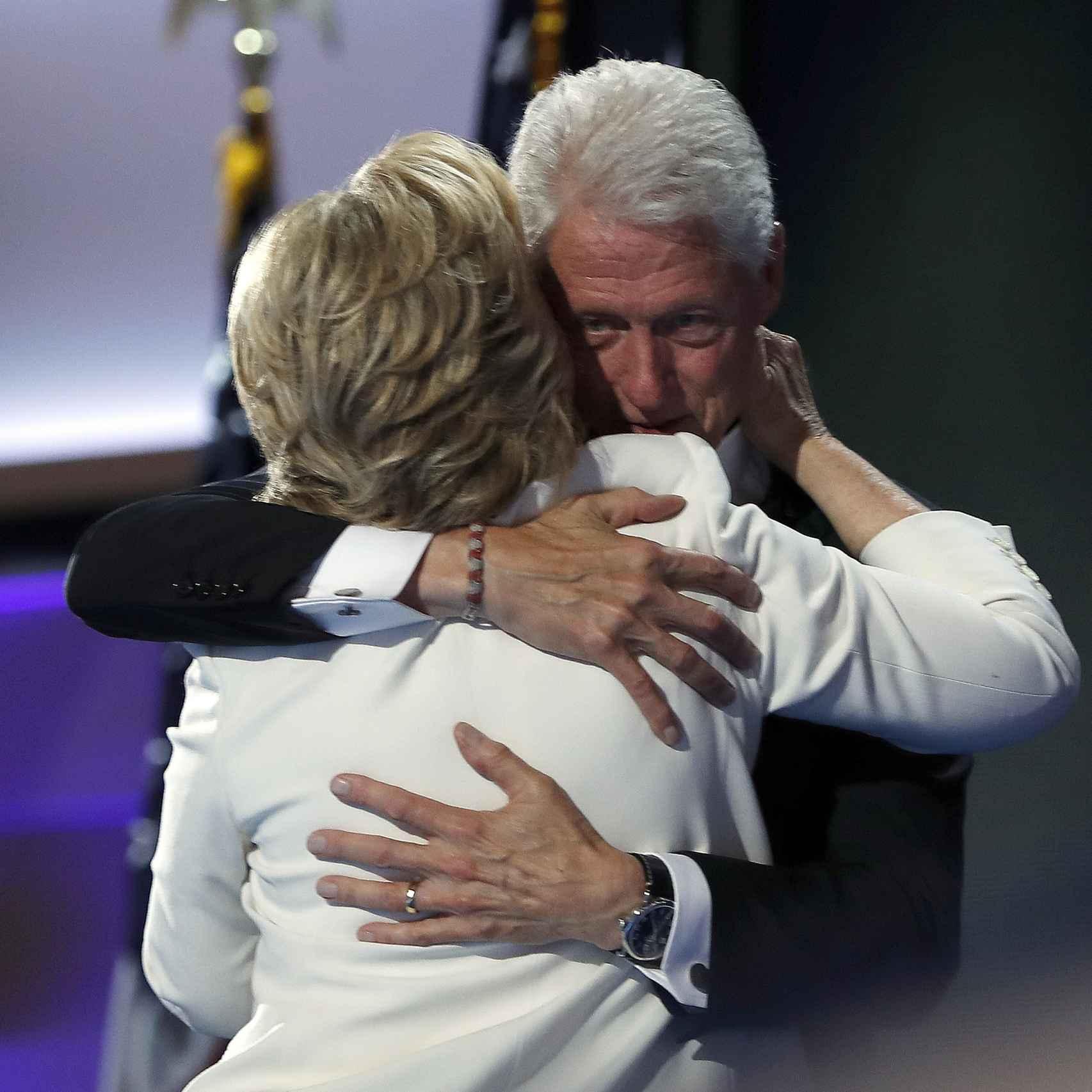 Hillary y Bill durante la convención demócrata el 28 julio.