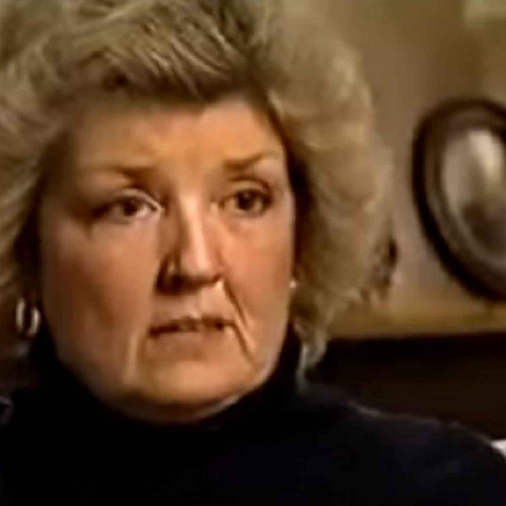 Juanita durante una intervención televisiva.