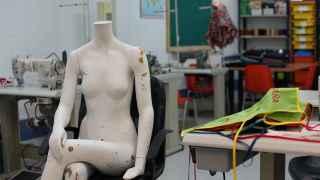Maniquí del talle de Apramp, donde trabajan víctimas de la trata de seres