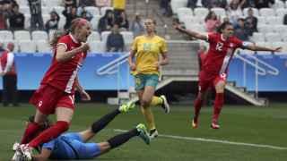 Janine Beckie celebra su tempranero gol ante Australia.