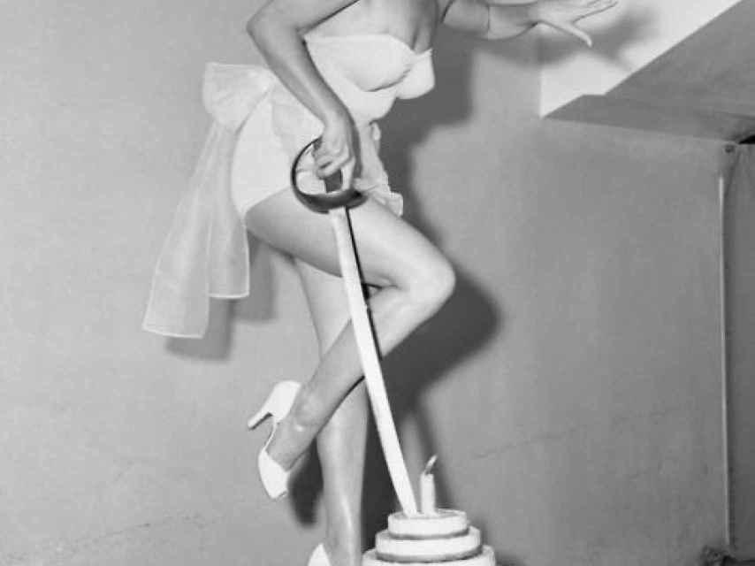 Marilyn Monroe en estado puro, irradiando sensualidad y naturalidad.