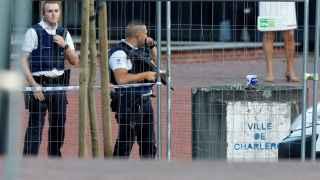 Un hombre ataca con un machete a dos mujeres policía en  Charleroi al grito de Alá es grande