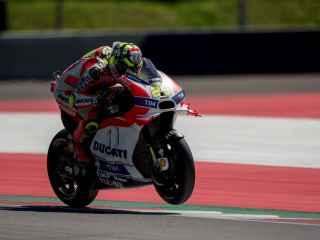 Andrea Iannone durante el Gran Premio de Austria.