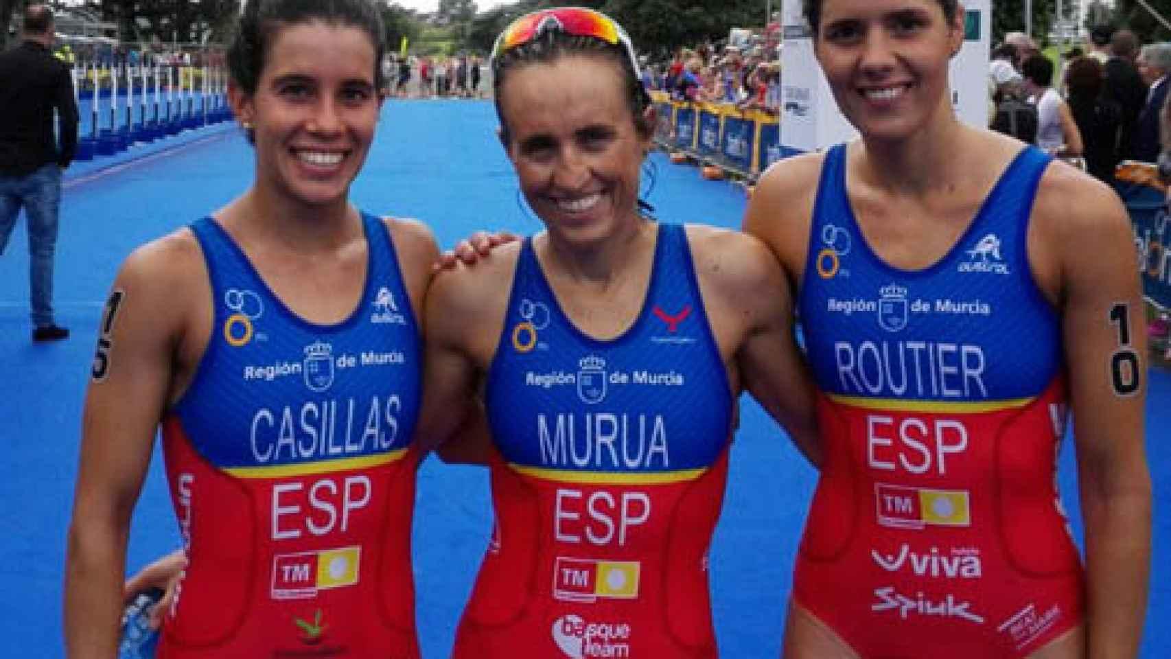 Miriam Casillas, Ainhoa Murua y Carolina Routier posan tras conseguir su pase a Río.
