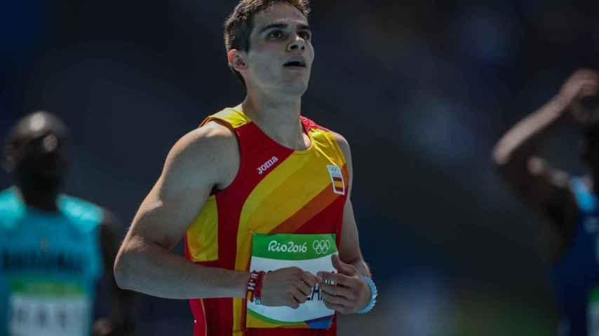 Bruno Hortelano tras ganar su serie de los 200 metros.