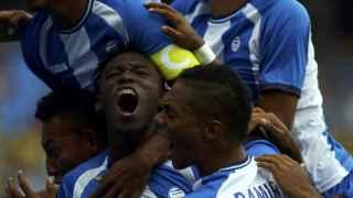 El hondureño celebra un tanto frente a Portugal.
