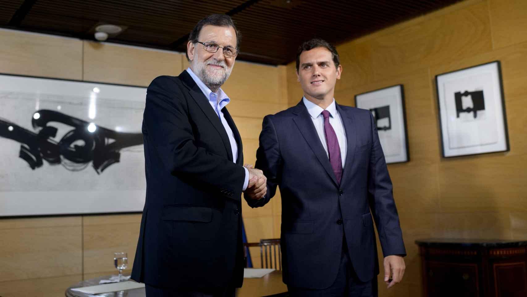 Mariano Rajoy y Albert Rivera durante su reunión en el Congreso.