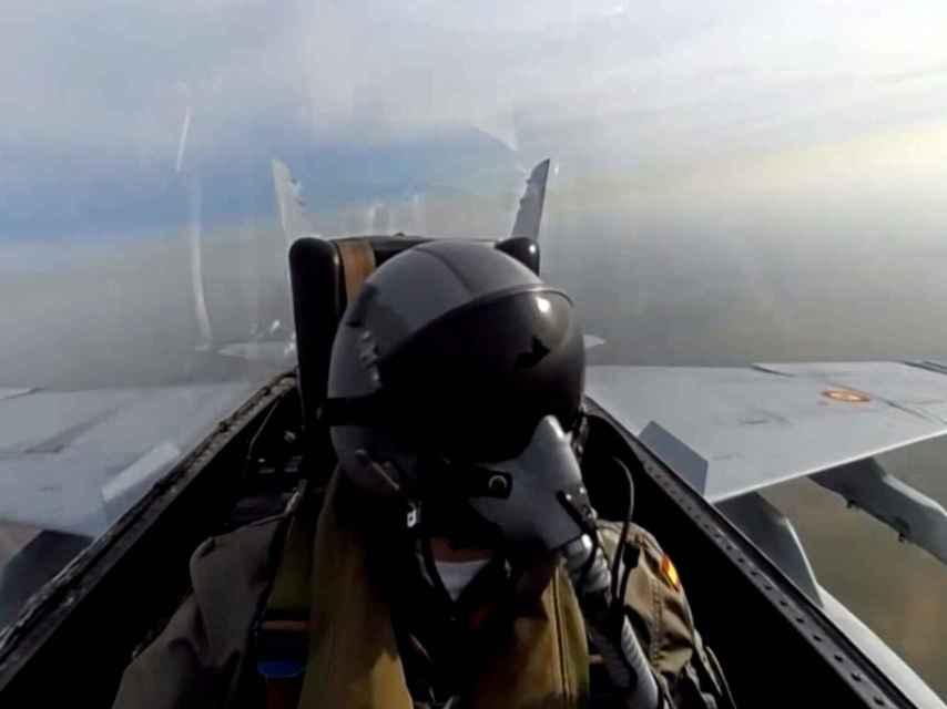 Piloto de un caza F-18 del Ala 12, del Ejército del Aire.