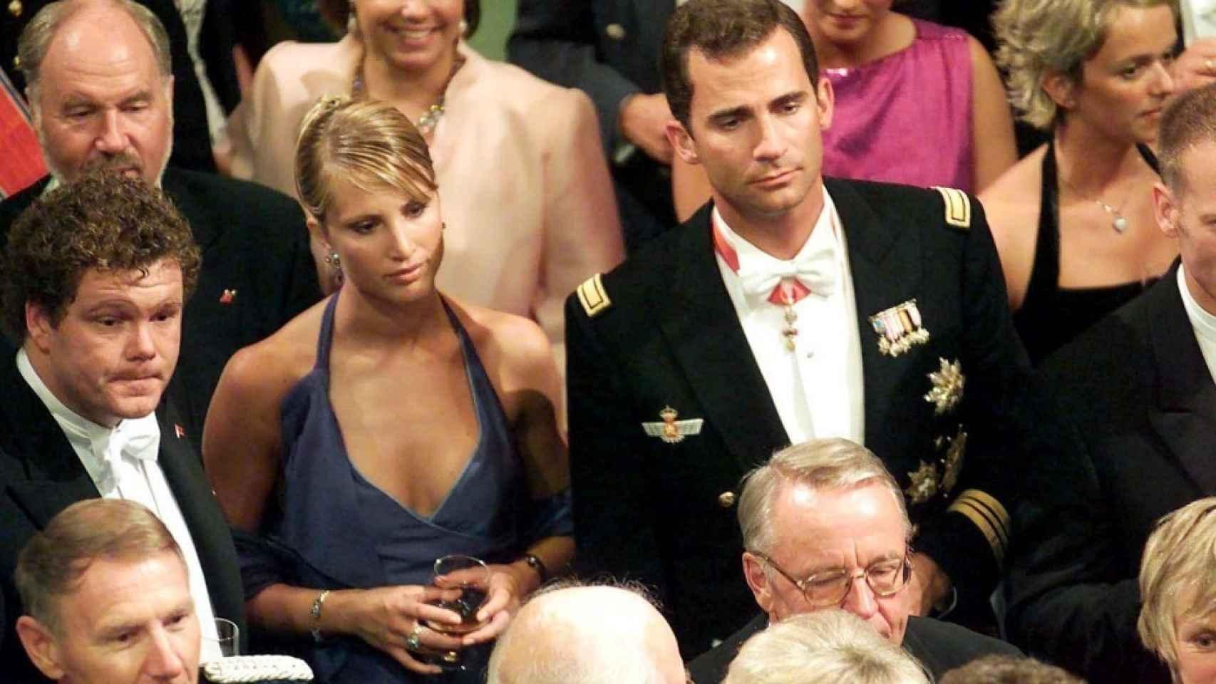 El entonces príncipe Felipe y Eva Sannum, en la boda de Haakon y Mette Marit.