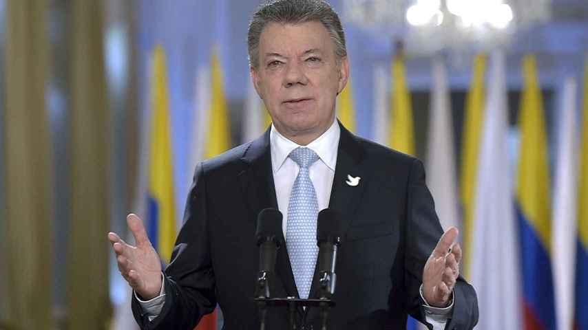 El presidente Santos agradece a sus antecesores los esfuerzos por lograr la paz.