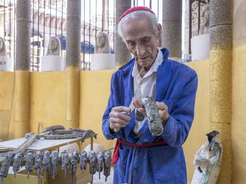 Justo Gallego lleva construyendo su catedral desde el 12 de octubre de 1961.