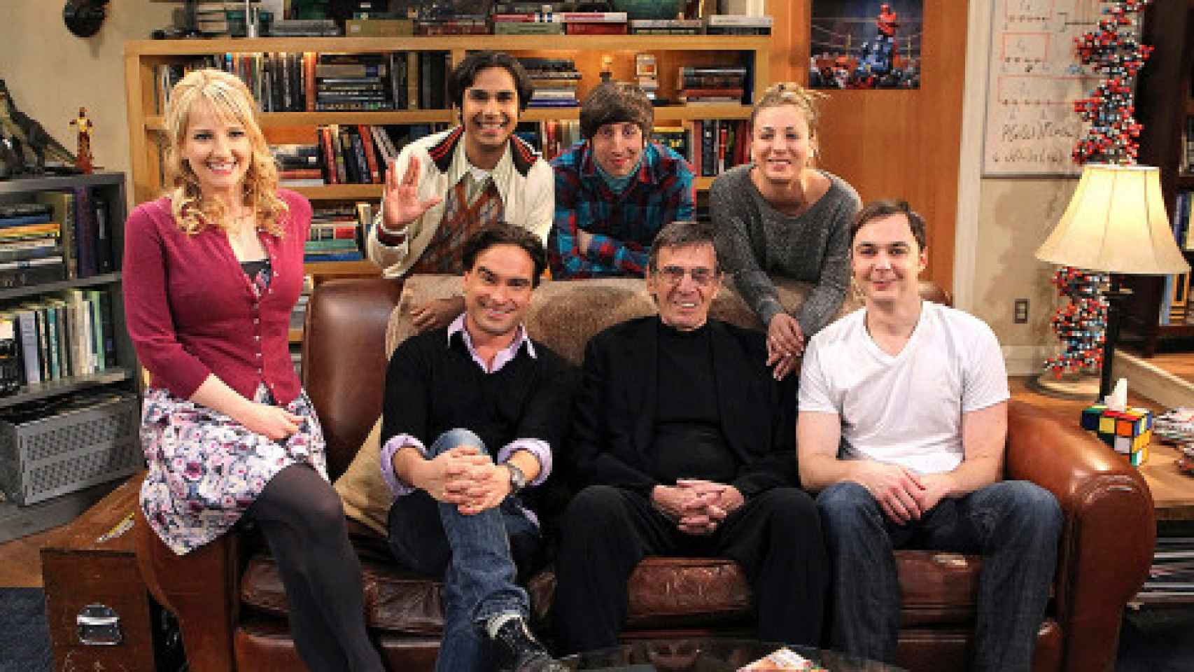 Leonard Nimoy en el plató de la serie The Big Bang Theory.